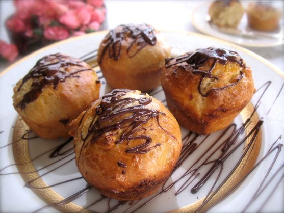 White Chocolate Brioche with a Dark Chocolate Drizzle