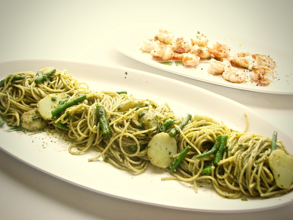 Spaghetti with Pesto, Potatoes and Green Beans by Spinach TIger