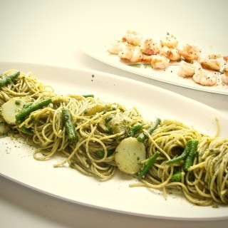 Spaghetti and Pesto, Green Beans, Potatoes