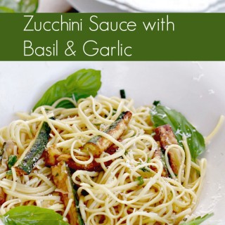 Linguini with Zucchini Sauce with Garlic and Basil