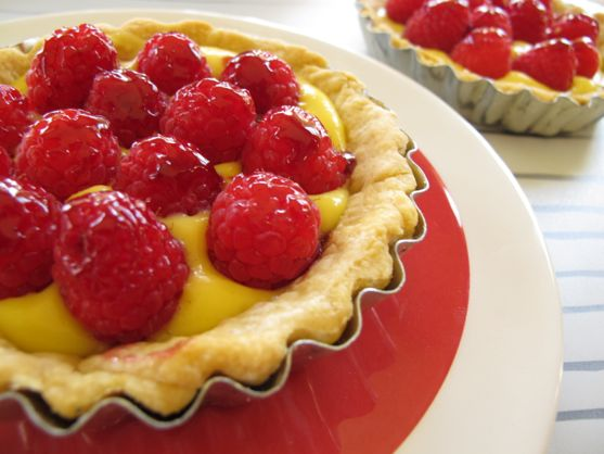French Raspberry Tart from Spinach Tiger