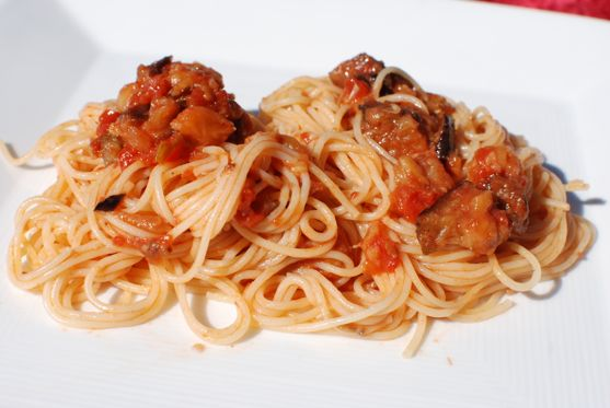 Cooking Italy: Spaghetti with Spicy Eggplant Sauce and Isnello, Sicily