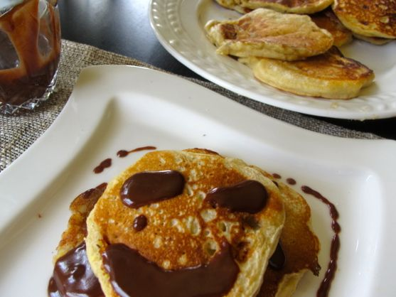 Post image for Banana Pancakes and Other Foods that Mothers Make