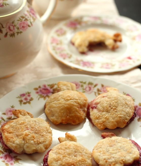 Hand Held Apple PIes by Angela Roberts