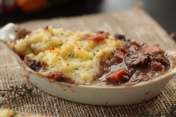 Five Cauliflower Crust Shepherd's Pie Recipes (Beef & Veal Shepherd's Pie) by Angela Roberts