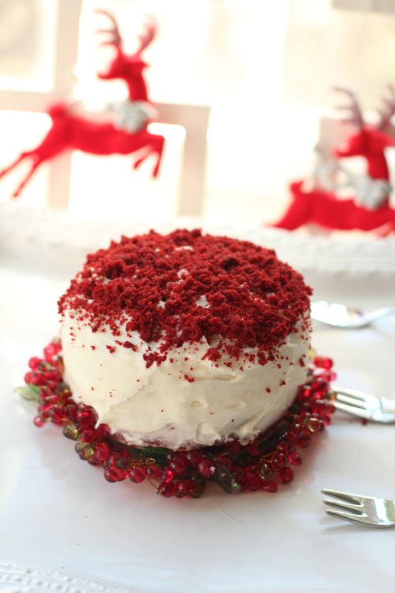 Red Velvet Cake by angela roberts