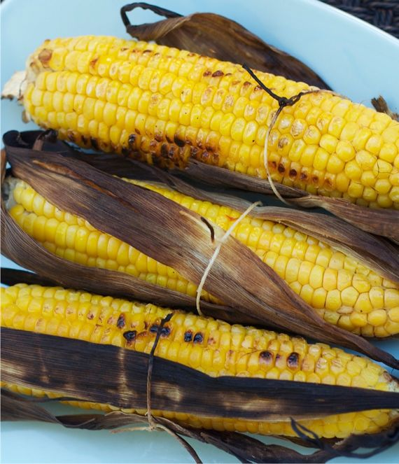 Grilled Corn on the Cob with a little Husk - Spinach Tiger