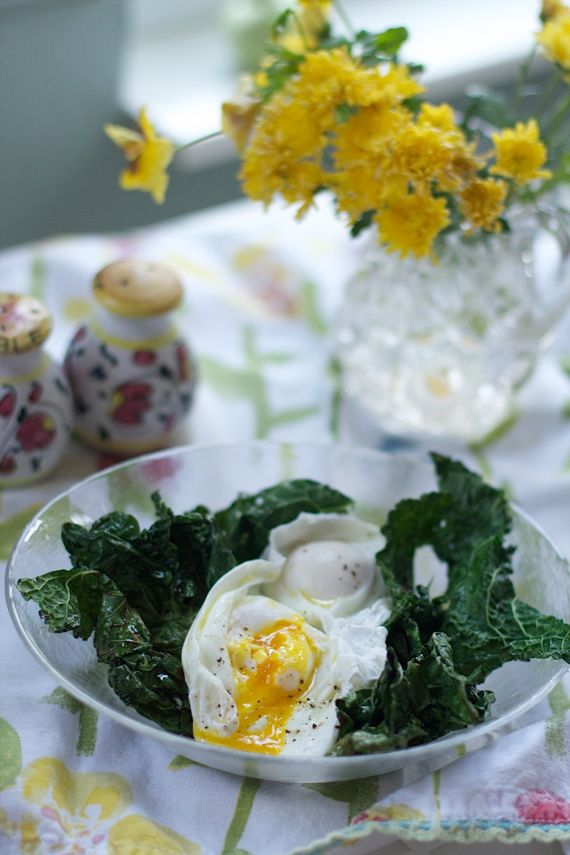 Post image for Kale and Farm Fresh Poached Eggs