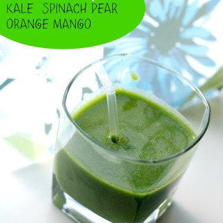 Two Green Smoothie Recipes using Kale and Spinach