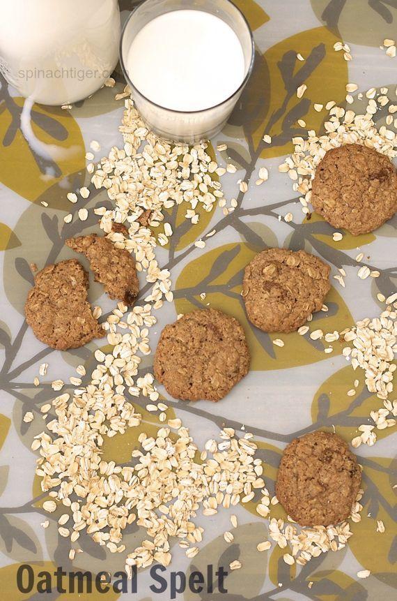Goldilocks's Chewy Oatmeal Raisin Cookies Made with Spelt Flour