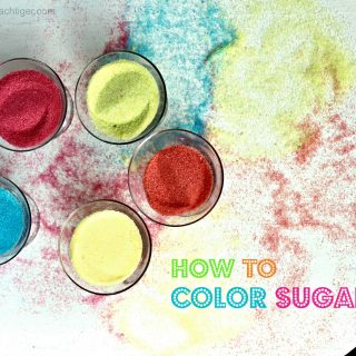 How to Color Sugar for Sweets and Cocktails Rims