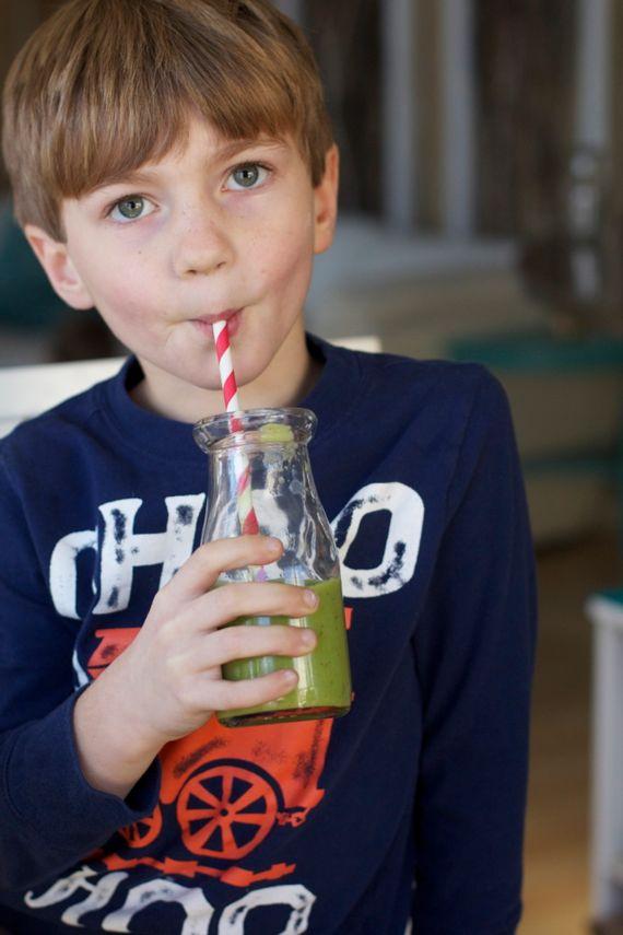 green kombucha smoothie