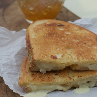Peach Habanero Grilled Cheese, Easy Party Food