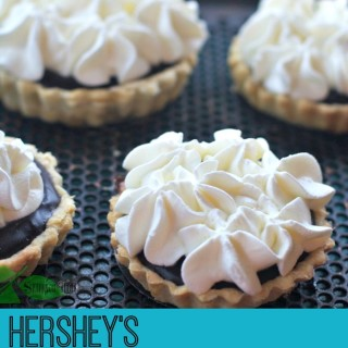 Hershey's Cocoa Cream Pie