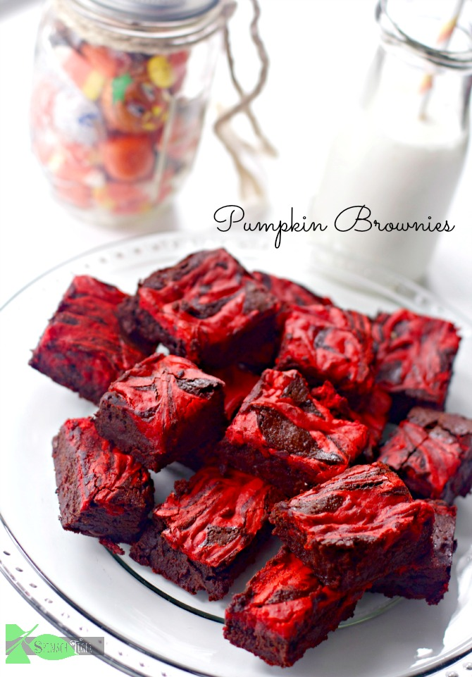 Pumpkin Cream Cheese Brownies by Spinach Tiger