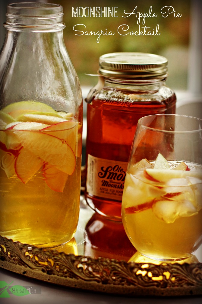 Ole Smoky Apple Pie Moonshine Sangria Cocktail