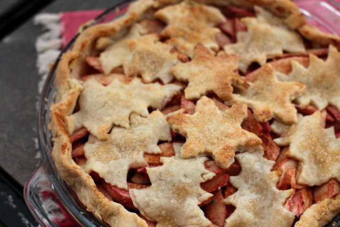 Christmas Pies.Christmas Apple Pie