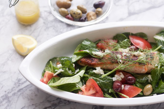 Super Spinach Greek Salad with Salmon by Spinach Tiger