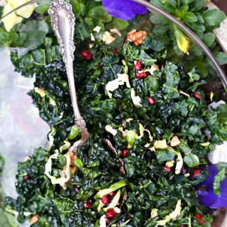 Why You Should Eat Kale and a Kale's Winter Salad with Walnut Viniagrette