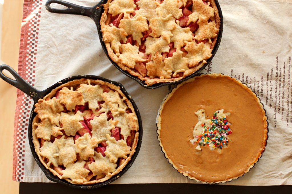 Thanksgiving Pies from Spinach Tiger