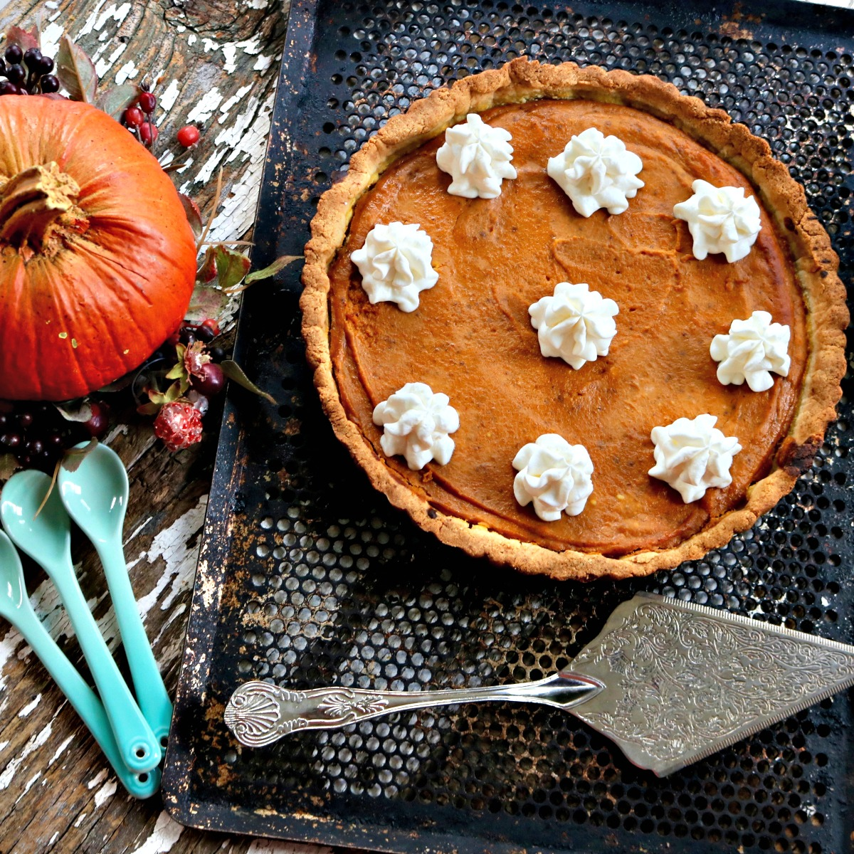 Make Low Carb Pumpkin Pie, Keto Friendly, Almond Flour Crust from Spinach Tiger