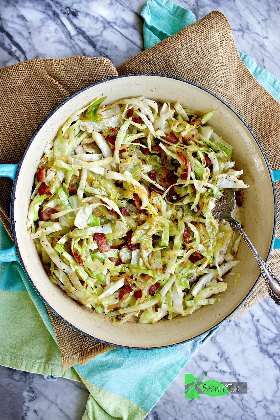 How to Make Sauteed Cabbage and Bacon from Spinach Tiger