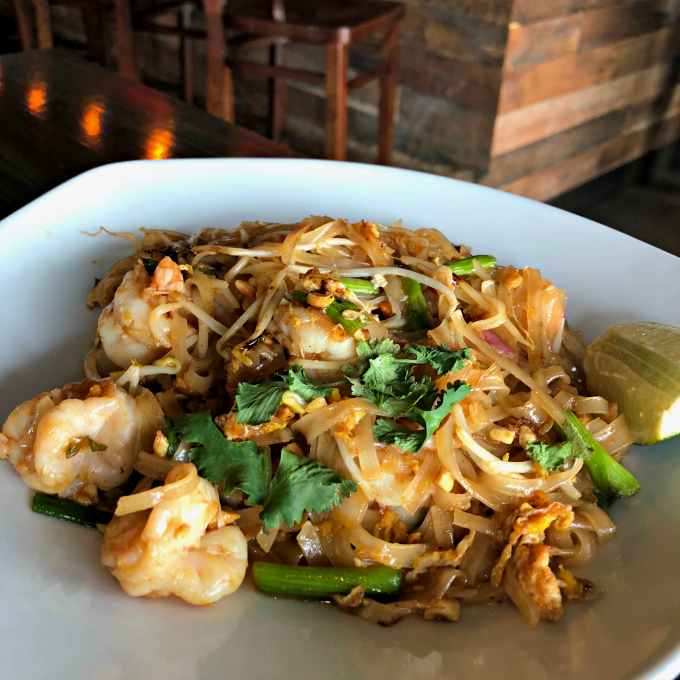 The Eastern Peak: Shrimp Pad Thai from Spinach TIger