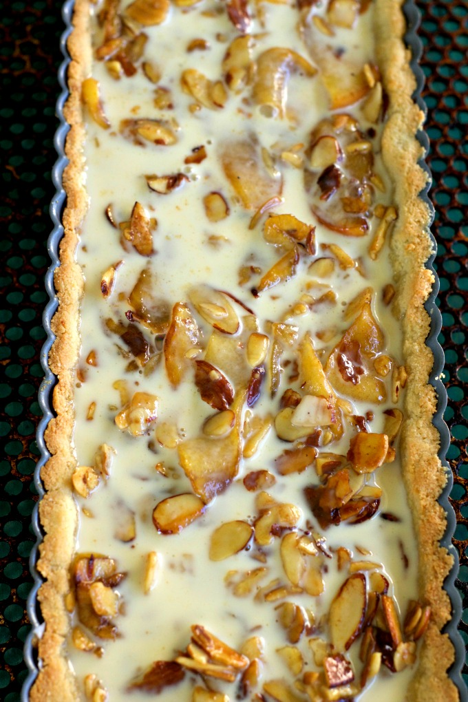 Grain Free Apple Almond Tart Process from Spinach Tiger