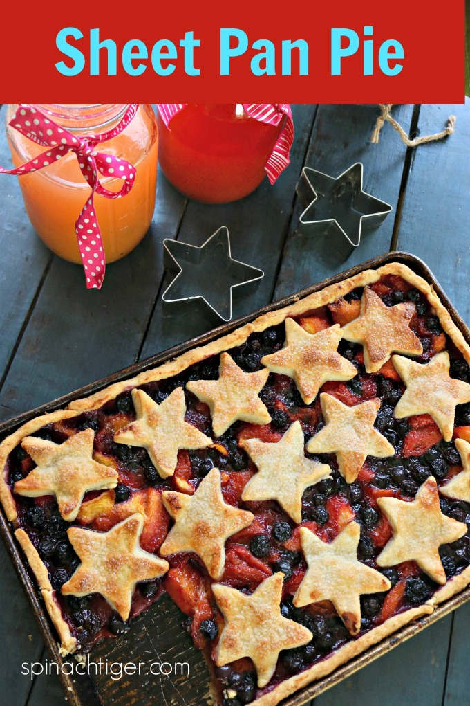 Sheet Pan Slab Pie from Spinach Tiger #slabpie #sheetpanpie #blueberrypie #peachpie #july4pie