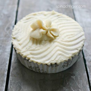 Keto Vanilla Buttecream Frosting