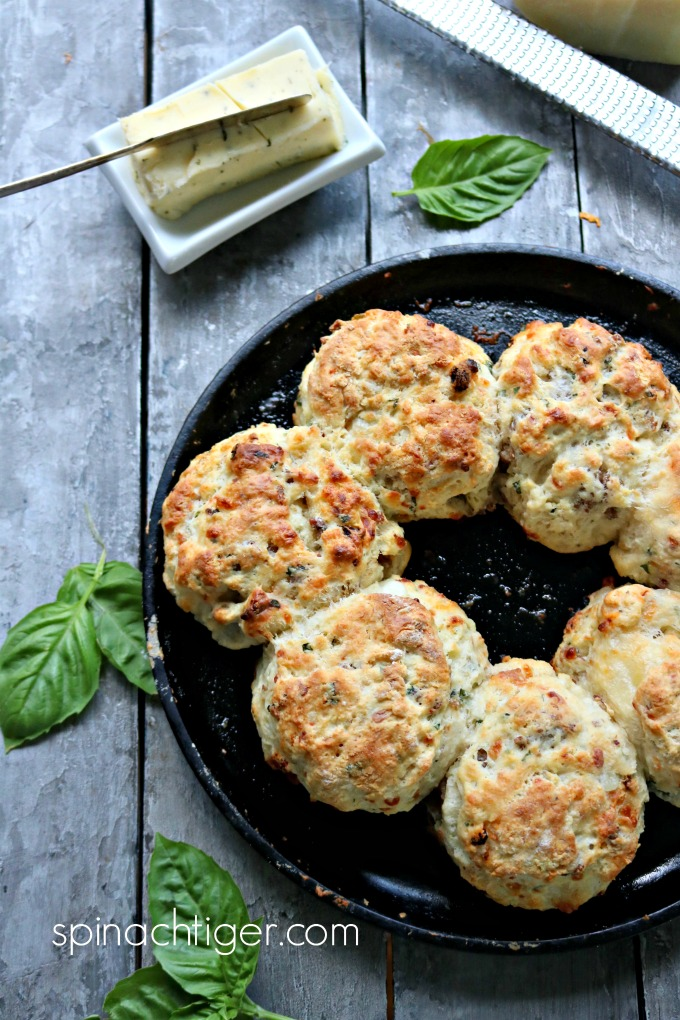 Italian Style Biscuits with Sausage and Mozzarella